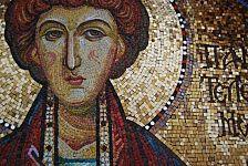 Кровь и молоко святого Пантелеймона
