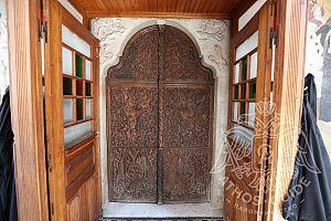 Монастырское окно