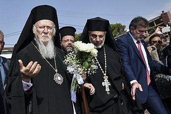 Трисвятое Вселенского Патриарха в память о жертвах пожара