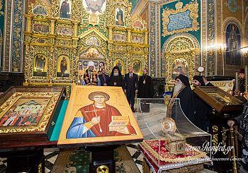 В Молдавию со Святой Горы Афон прибыла честная глава святого Пантелеймона