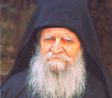В монастыре Дионисиат обретены мощи старца Харалампия