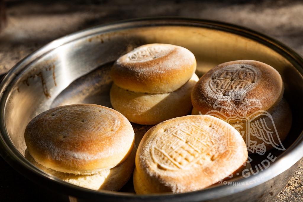 Хлеб в церкви