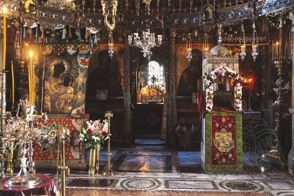 Иконы центрального храма монастыря Иверон