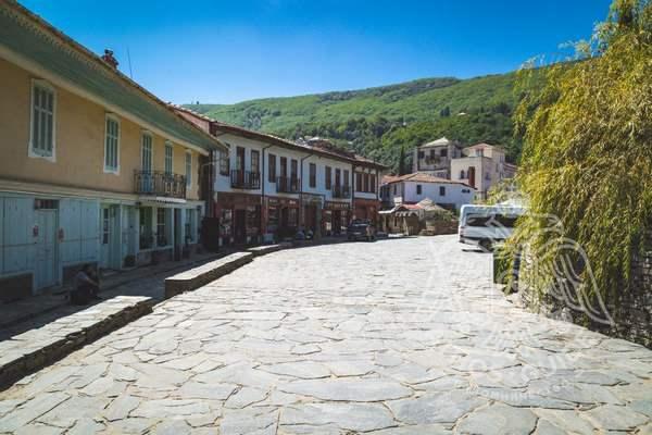 Карьес, столица монашеской республики Афон