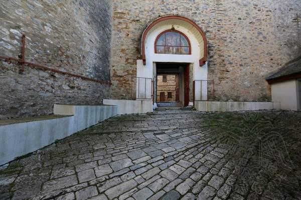 Афон, монастырь Великой Лавры: внутренний двор
