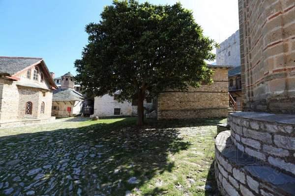 Великая Лавра, фото внутреннего двора