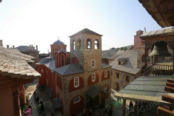 Храм монастыря Каракал