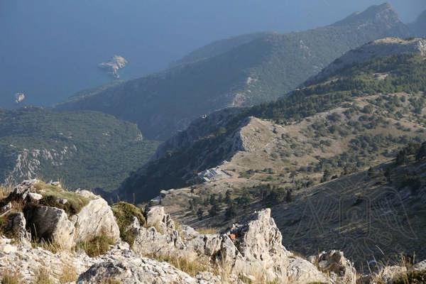 Панорамный вид с вершины Горы Афон на полуостров