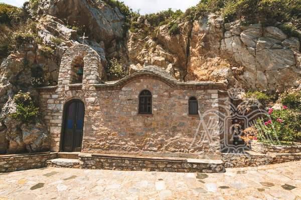Пещера Афанасия Афонского