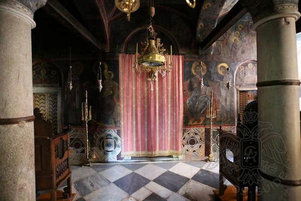 Убранство главного храма монастыря Дионисиат фото