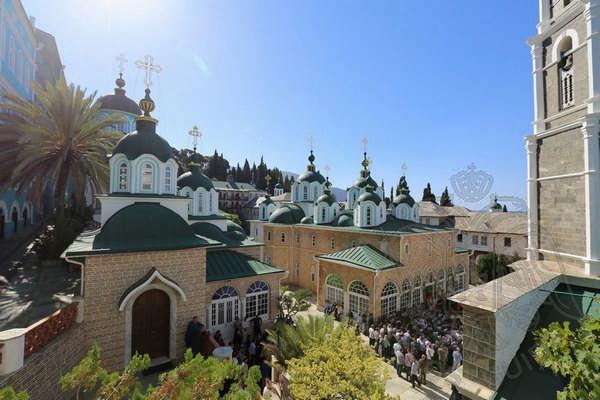 Главный собор монастыря Св. Пантелеймона