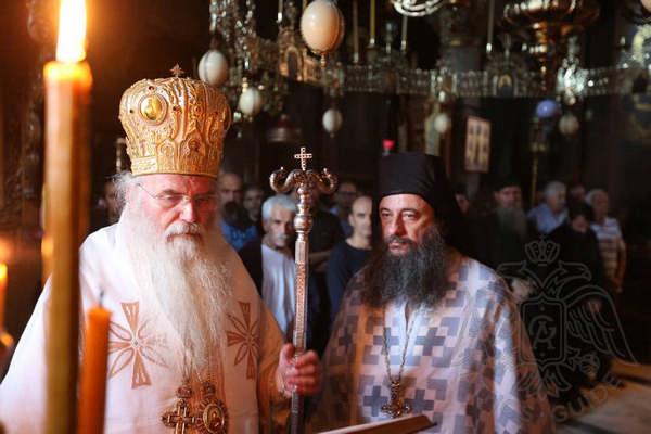 Служба в монастыре храма афонского монастыря Пантократор