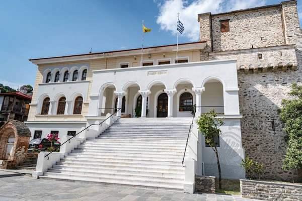 Здание парламента в Карьесе (Карее) на Афоне