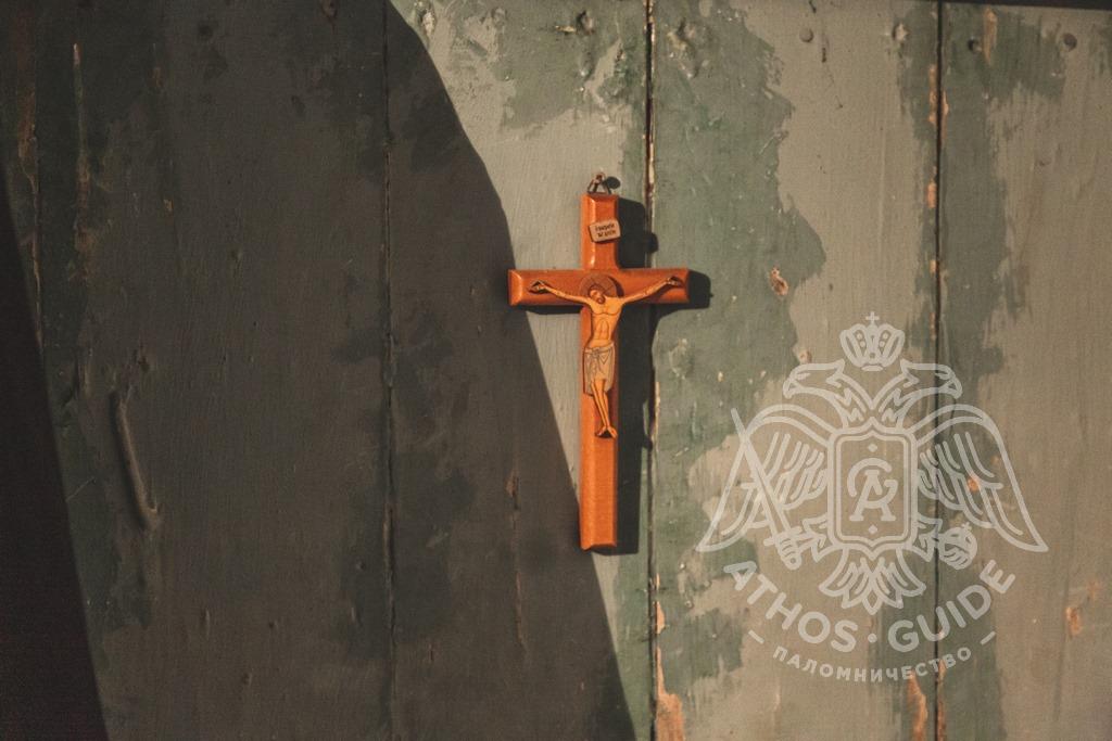 Честной животворящий крест