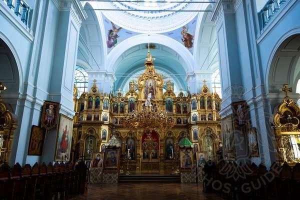Иконостас афонского монастыря