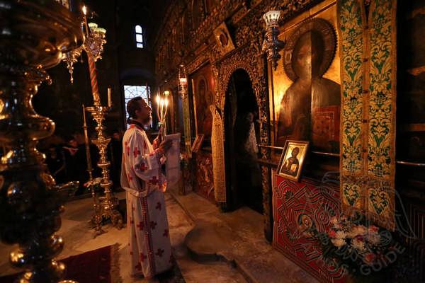 Праздничная литургия на Афоне