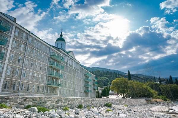 Фото монастыря Святого Пантелеймона. Паломничество на Афон