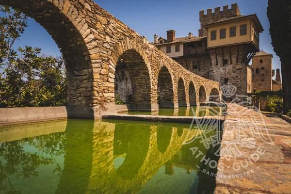 Ставроникита, монастырь