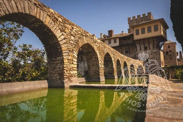 Мост монастыря Ксенофонт на Святой Горе Афон