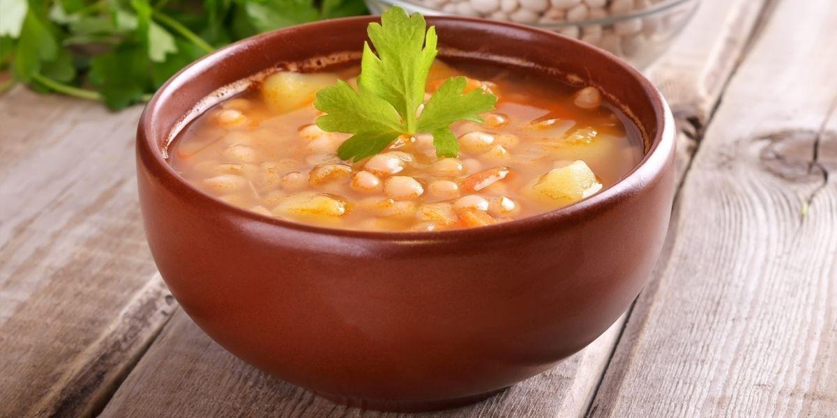 Фасолевый суп с апельсином